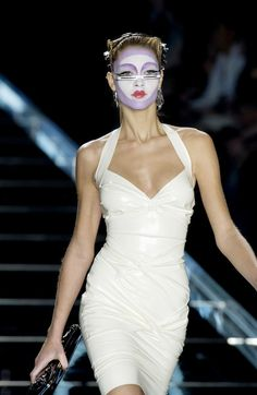 Christian Dior at Paris Fashion Week Fall 2003 - Runway Photos