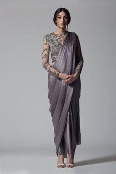 Unique Saree Draping Styles You Can Try! Dhoti Saree, Drape Sarees, Saree Draping Styles, Saree Gown, Satin Saree, Saree Styles, Salwar Kameez, Kurti, Indian Wedding Outfits