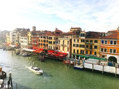 Amo questa città!  #ruchyum #ruchyumtravel #venice #europe #eurorail #eurotrip #venezia #veneziagram #grandcanal