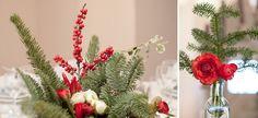 Decorazioni natalizie per un matrimonio invernale, bacche rosse, edera e rami di abete | Christmas decoration for a winter wedding, red berries, ivy and pine branches