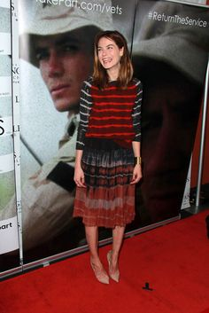 Michelle Monaghan's slouchy stripes