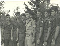בני סלע - חיילים