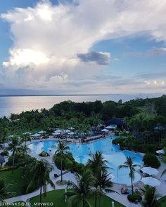 Your dream tropical holiday is just on the horizon - when can we expect you? @shangrilamactan 📷: @jo_minwoo.    #Shangrilahotels #Shangrilamactan #Shangrila #cebu #holiday #paradise #view #travel #vacation #wanderlust #adventure #travelgram #instatravel #travelphotography