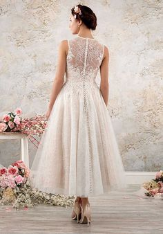 A full, swinging tea length skirt gives this lacy boho chic wedding gown a . - A full, swinging tea length skirt gives this lacy boho chic bridal gown a vint … dress # - Shabby Chic Wedding Dresses, Wedding Dress Trends, New Wedding Dresses, Perfect Wedding Dress, Boho Wedding Dress, Wedding Ideas, Diy Wedding, Bling Wedding, Wedding Rings