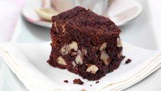 Quem consegue resistir a uma sobremesa de chocolate? Delicie-se com este fantástico brownie de chocolate e noz! #Brownie_de_Chocolate_e_Noz #receitas #sobremesas #doces #chocolate #noz