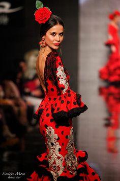 Trajes de flamenca on pinterest flamenco moda and vestidos for Silvia vieites
