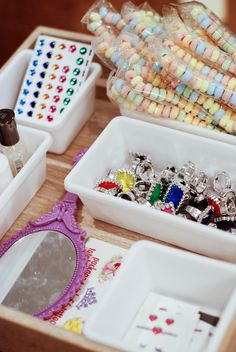 Rambling Renovators: A Princess Birthday Party | jewellry nail polish station
