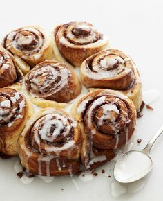 Cooking with Joy: Parve Iced Cinnamon Buns