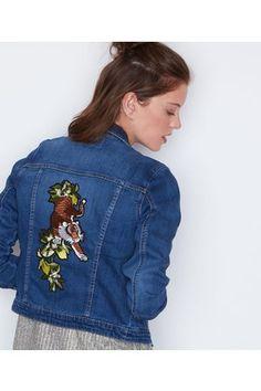 50 meilleures images du tableau vestes brodees en jean   Embroidered ... 5568e33d933
