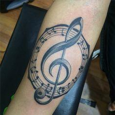 Musical tattoo #pentagram #clavedesol #tattoo #MatiMateus Tattoo Images, Tattoo Photos, Tatouage Rock And Roll, Treble Clef Tattoo, Flirting Quotes For Her, Flirting Humor, Music Tattoo Designs, Big Tattoo, Tattoo Ink