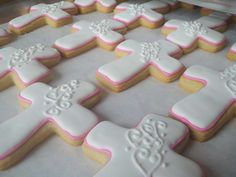 Cross cookies by Sugar Beez, via Flickr