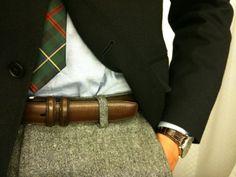 Look at that tie. Nice.