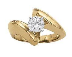 Yellow gold solitaire diamond engagement ring.  Overnight 80606 #seneedhamjewelers #loganutah