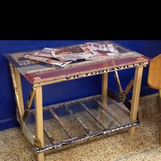 """DIY table of hockey sticks...omg, Georgie would love this. I'll make this one day when he has his """"man cave"""" lol"""