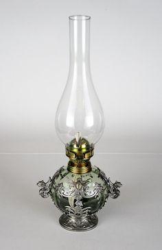 37b0b58e7 Pterolejová lampa S dračími oušky, materiál sklo a cín | Cínařství Růžičková