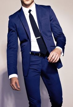 Blue suit... need one!!
