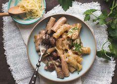 Cremige One Pot Pasta mit Pilzen und karamellisierten Zwiebeln