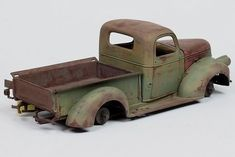 John Tolcher Weather Models, Model Cars Building, Plastic Model Cars, Classic Chevy Trucks, Chevy Pickups, Vintage Trucks, Pick Up, Scale Models, Elm Street