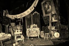 Disneyland's Haunted Mansion Ride  by Disney Fever, via Flickr