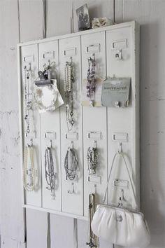 Sleutelkastjes - Jeanne d´Arc Living Schlüsselbrett - Een uniek product van PureWhiteLifeStyle op DaWanda