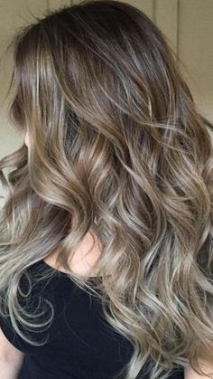 Light Hair, Dark Hair, Beliage Hair, Brown Hair Inspiration, Brunette Hair With Highlights, Brown Hair Shades, Mode Abaya, Bronde Hair, Hair Fixing