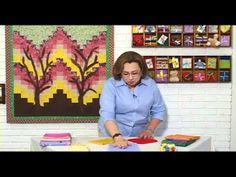 ▶ Combinando Cores e Tecidos - Video Aulas de Patchwork Prof. Elza Aidar - YouTube