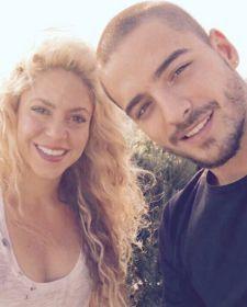 Novo single de Shakira em parceria com Maluma deverá ser lançado no fim deste mês #Cantora, #Fotos, #Lançamento, #M, #Música, #Noticias, #Nova, #NovaMúsica, #Novo, #Pop, #Shakira, #Single http://popzone.tv/2016/10/novo-single-de-shakira-em-parceria-com-maluma-devera-ser-lancado-no-fim-deste-mes.html