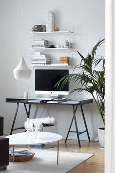 Clean, simple and feminine Home office for a creative workspace to motivate you to be productive when you work from home with an amazing wall planner <3