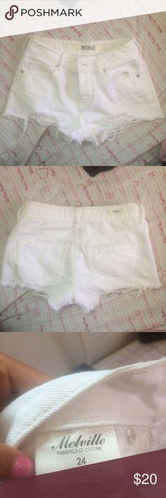 White Brandy Melville shorts super cute Brandy Melville Shorts Jean Shorts