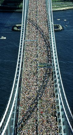 New York Marathon, New York City More news about New York city here ! http://www.cityoki.com/en/cities/newyork/ Plus d'actus sur la ville de New York ici ! http://www.cityoki.com/fr/villes/newyork/