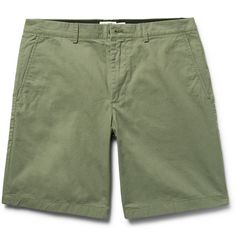 <a href='http://www.mrporter.com/mens/Designers/Club_Monaco'>Club Monaco</a>'s 'Maddox' shorts are cut from crisp cotton-twill in a universally flattering straight-leg fit. The muted army-green shade is a modern neutral that can be worn with just about any colour. Make them your go-to at the weekend, or try teaming them with a crisp Oxford shirt at a casual office.