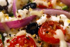 Whole30 Deconstructed Pizza: Get a taste of Italy with this guilt-free lunch meal! Visit Whole30.com to learn more about Dallas and Melissa Hartwig's book...
