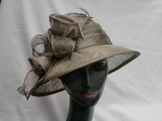 WITTING ® Headwear Ladies Hats & Headpieces.Take some royal inspiration and get ahead of the crowd with our great selection of hats and headpieces. Women's hats & facinators for Wedding,Church,Derby and Event. WITTING ® Headwear since 1876 Available at H.Witting & Zn Hats Caps Fashion Accessoires Hoeden Petten Modeaccessoires Hüte Mützen Modeaccessoires Oosterstraat 51 9711NR Groningen Netherlands www.witting.nu/