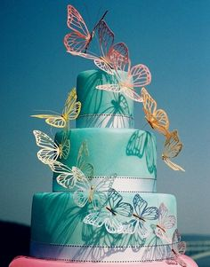 Top 5 Butterfly Wedding Invitations and Wedding Cakes Gorgeous Cakes, Pretty Cakes, Cute Cakes, Amazing Cakes, Butterfly Wedding Theme, Butterfly Wedding Invitations, Fondant Cakes, Cupcake Cakes, Butterfly Cakes