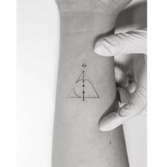 Minimalist Harry Potter Tattoos; Small ink inspired by JK Rowling books/movies series; Ideas for body art; Tiny tats inspiration; Pictures