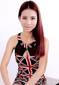 attractive Asian woman Guibin from Guangxi, Meet Asian singles! Experience a new kind of dating with #AsianDate #Asian