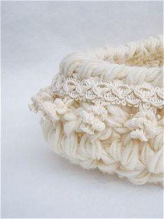 White Newborn nest photo Prop Newborn Cocoon basket Baby
