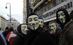 Anonymous is winning the war against the Klan. Now they have declared their opposition to the Ferguson Police as well. Will the hacktivists' targets heed the warnings? Image Credit: The Raw Story~YES! Guy Fawkes Mask, British Holidays, Ku Klux Klan, New Beginning Quotes, Festivals Around The World, Friendship Day Quotes, Bonfire Night, Effigy, News Stories