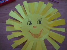 Tvořeníčko - sluníčko a sněženka - VašeDěti.cz Crafts For Kids, Children, Den, Crafts For Children, Young Children, Boys, Child, Kids, Crafts For Toddlers