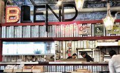 Blend Café: http://www.melodijolola.com/gourmet/blend-cafe
