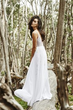 Bohemian embroided wedding dress | Grace Loves Lace