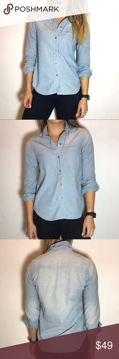 Madewell Chambray Shirt Madewell Chambray Shirt. -Fitted. -100% Cotton. -Excellent condition!  NO Trades. Please make all offers through offer button. Madewell Tops Button Down Shirts