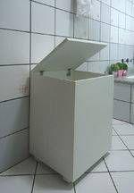 Cesto De Roupas Baú Roupeiro Tulha Com Rodízios Banheiro Lavanderia - Branco