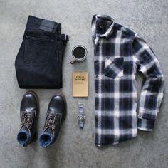 awalker4715 ☕⌚️ Boots: @varvegacrafts Denim: @japanbluejeans Shirt: @forever21men Socks: @anonymousism_japan