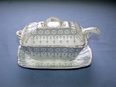 Antique John Maddock & Sons England Royal Vitreous Tureen With Ladle