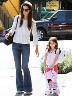love katie holmes' classic style.