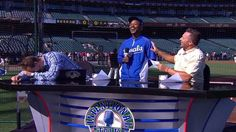 Jarrod Dyson drops by the IT set before Game 3