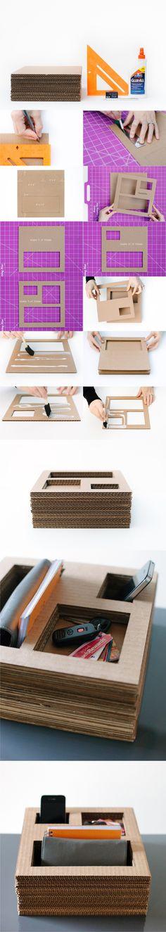 Organizador de escritorio reciclando cartón / Via http://www.designformankind.com/