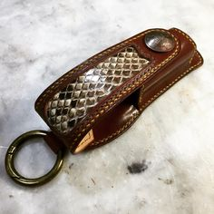 完成(/ー▽ー)/ #leather #手縫い #レザークラフト #マグライトケース