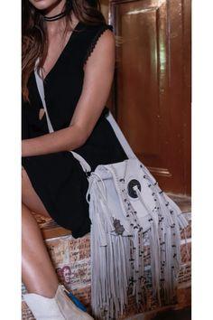 Bolso Marfil flecos - Llena Eres de Gracia    #dress #vestido #nuevacolección #blanco #Cuba #llenaeresdegracia  #fashion #style #stylish #love #me #cute #photooftheday #nails #hair #beauty #beautiful #instagood #instafashion #pretty #girly #pink #girl #girls #eyes #model #dress #skirt #shoes #heels #styles #outfit #purse #jewlery #shopping